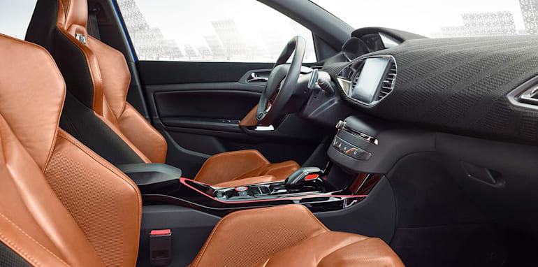 peugeot-308-r-hybrid-interior
