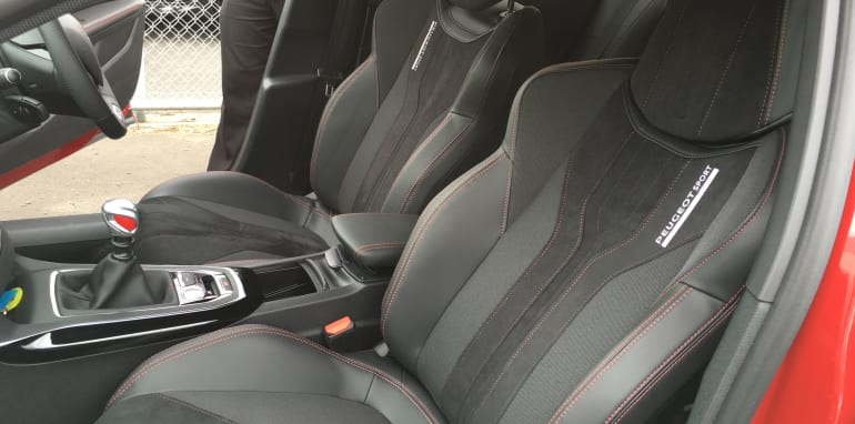 Peugeot 308 GTi - 10