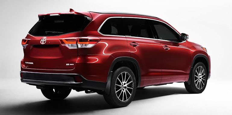 toyota-kluger-facelift-rear