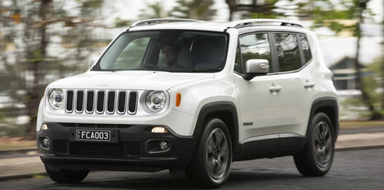 2015 Jeep Renegade_39