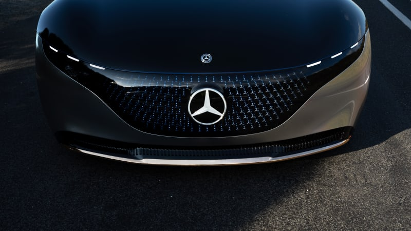 Mercedes could be world's first car-maker with Level Three autonomy
