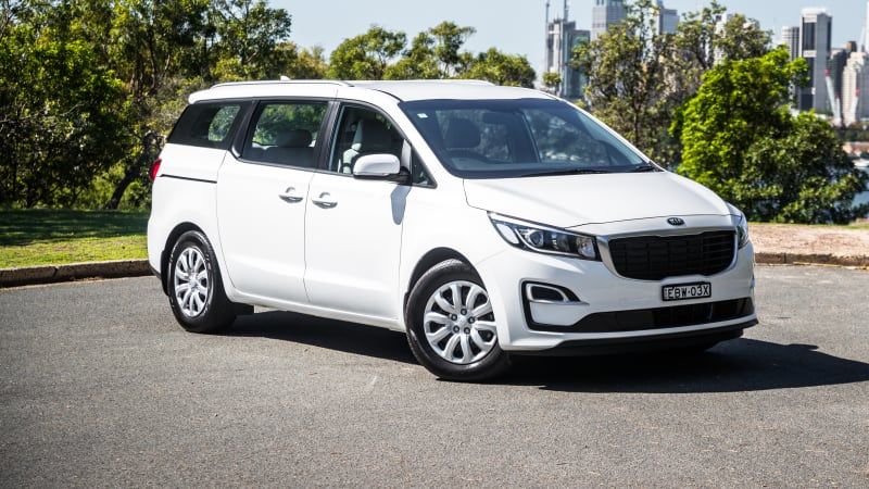 2020 Kia Carnival recalled due to a loose battery terminal
