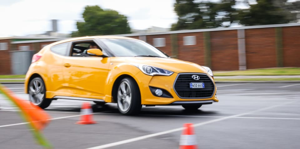 2015 Hyundai Veloster SR Turbo :: The Correspondent driver training weekender
