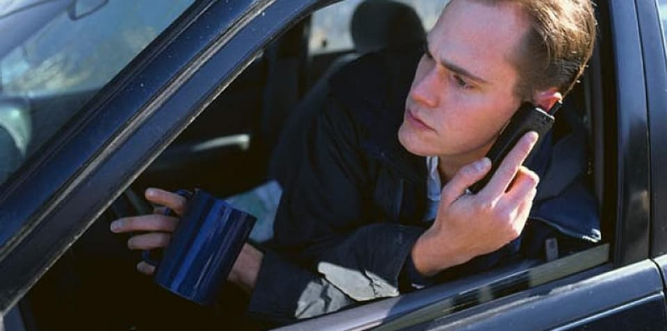 Males drivers more likely to be distracted