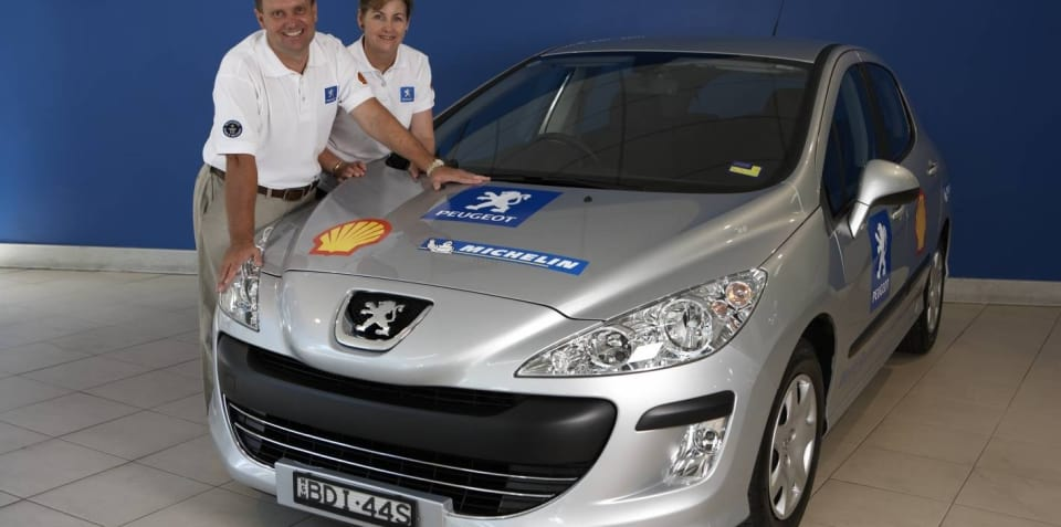 Peugeot 308 HDi fuel efficiency record