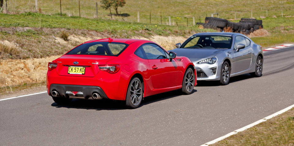 Subaru Brz Vs Toyota 86 >> Subaru Brz Comparisons Review Specification Price Caradvice