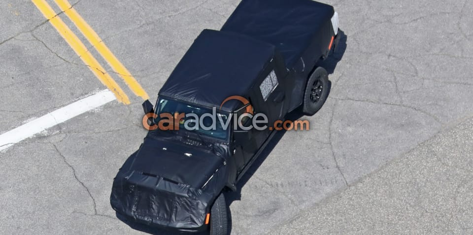 2019 Jeep Wrangler ute spied with production tray
