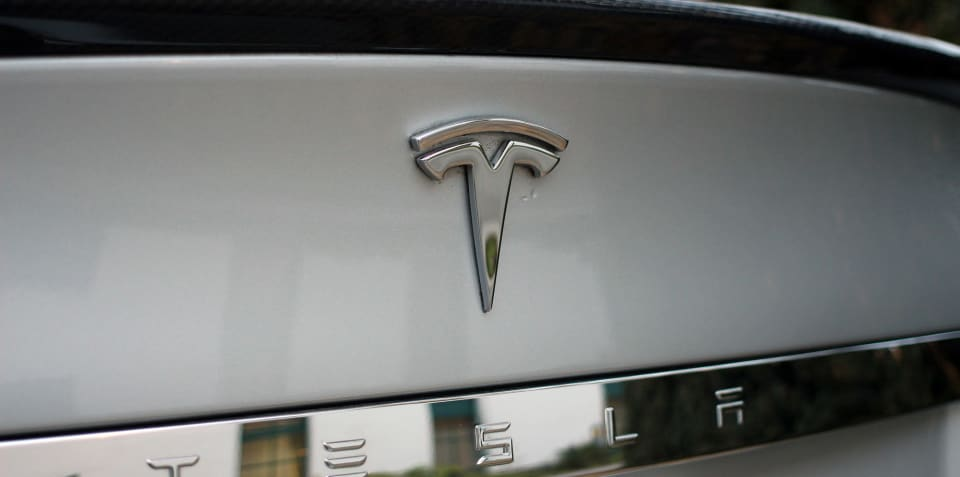 Tesla cancels plans to go private