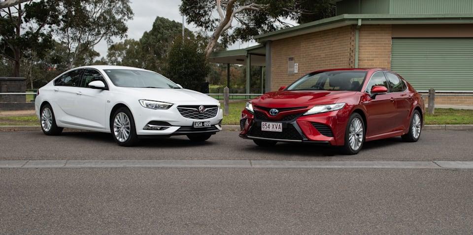 2018 Holden Calais 2.0T v Toyota Camry SL Hybrid comparison