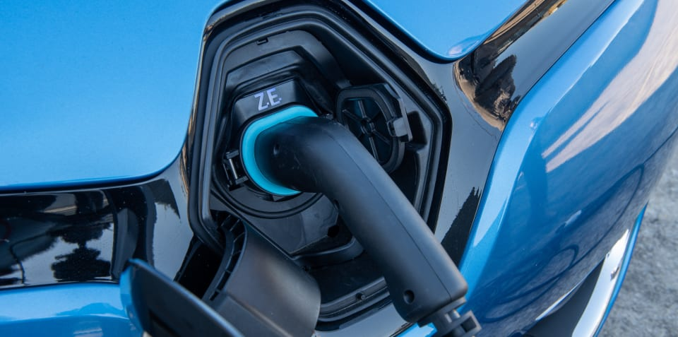 Renault launches vehicle-to-grid charging pilot