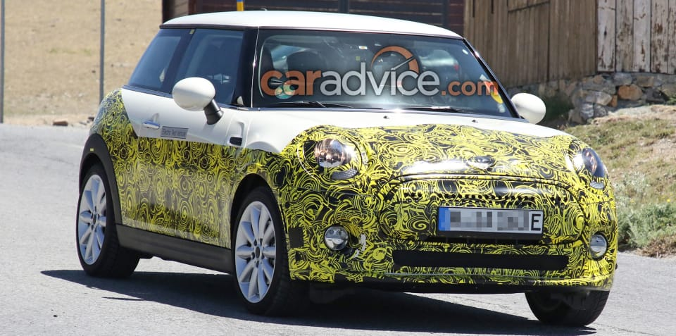 2019 Mini Electric spied inside and out