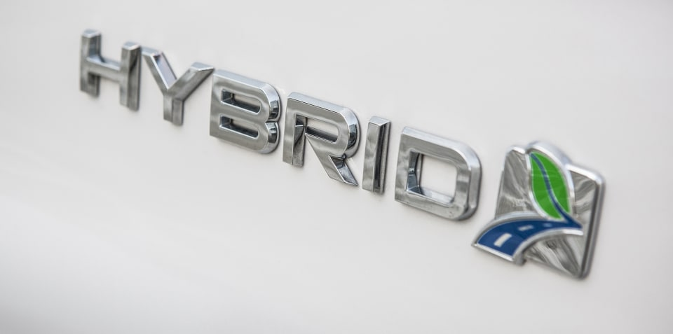 Ford confirms Mondeo Hybrid estate for Europe in 2019