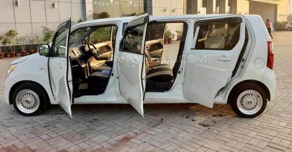 Кей Лимо: Suzuki Wagon R — натяжка    CarAdvice