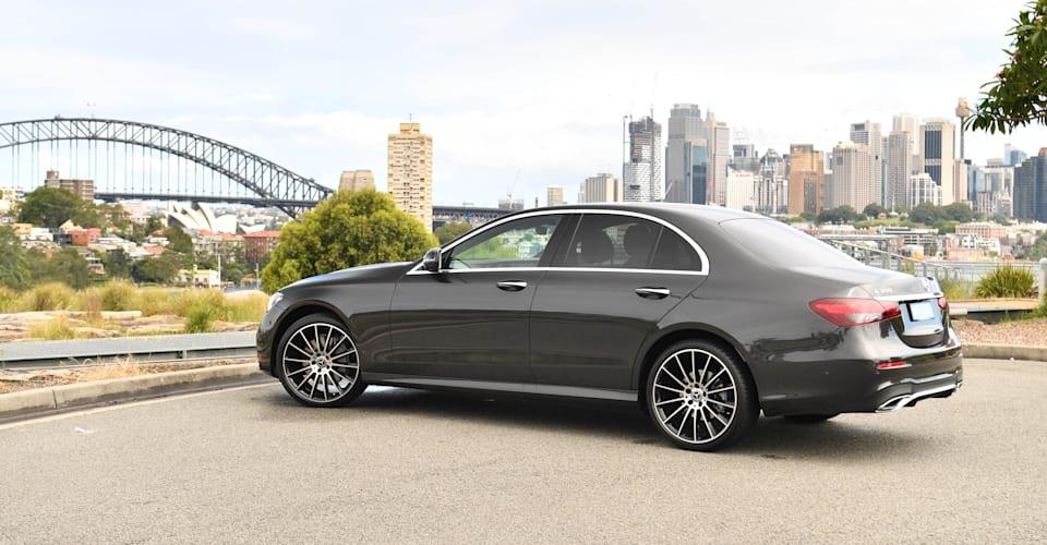 Обзор седана Mercedes-Benz E300 2021 года |  CarAdvice