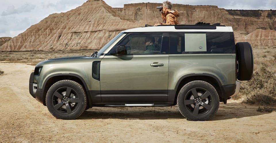 Land Rover Defender 90 brief wheelbase delayed till 2021 ...
