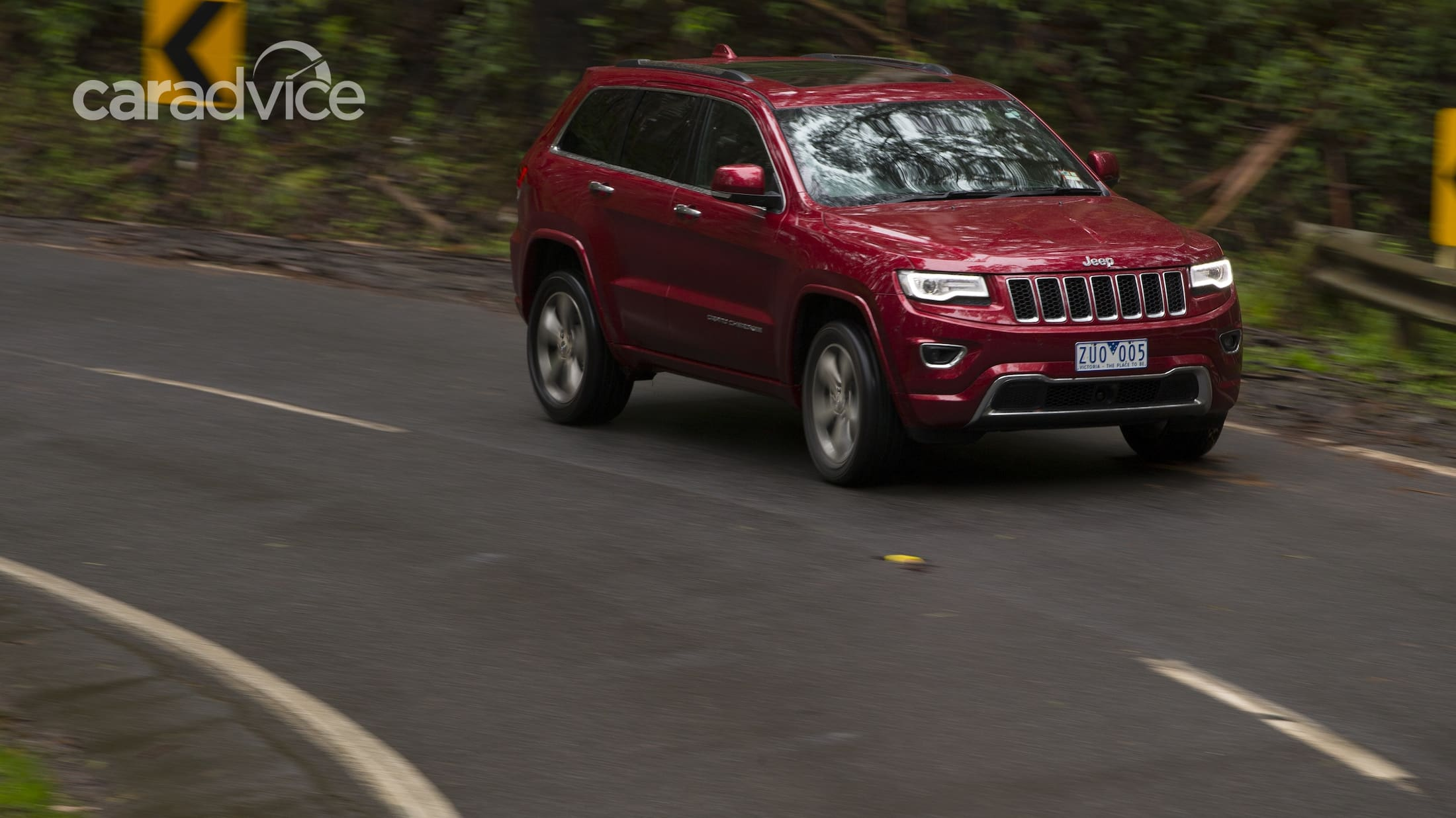 West 40 Auto Sales >> 2013 Jeep Grand Cherokee Review - photos | CarAdvice