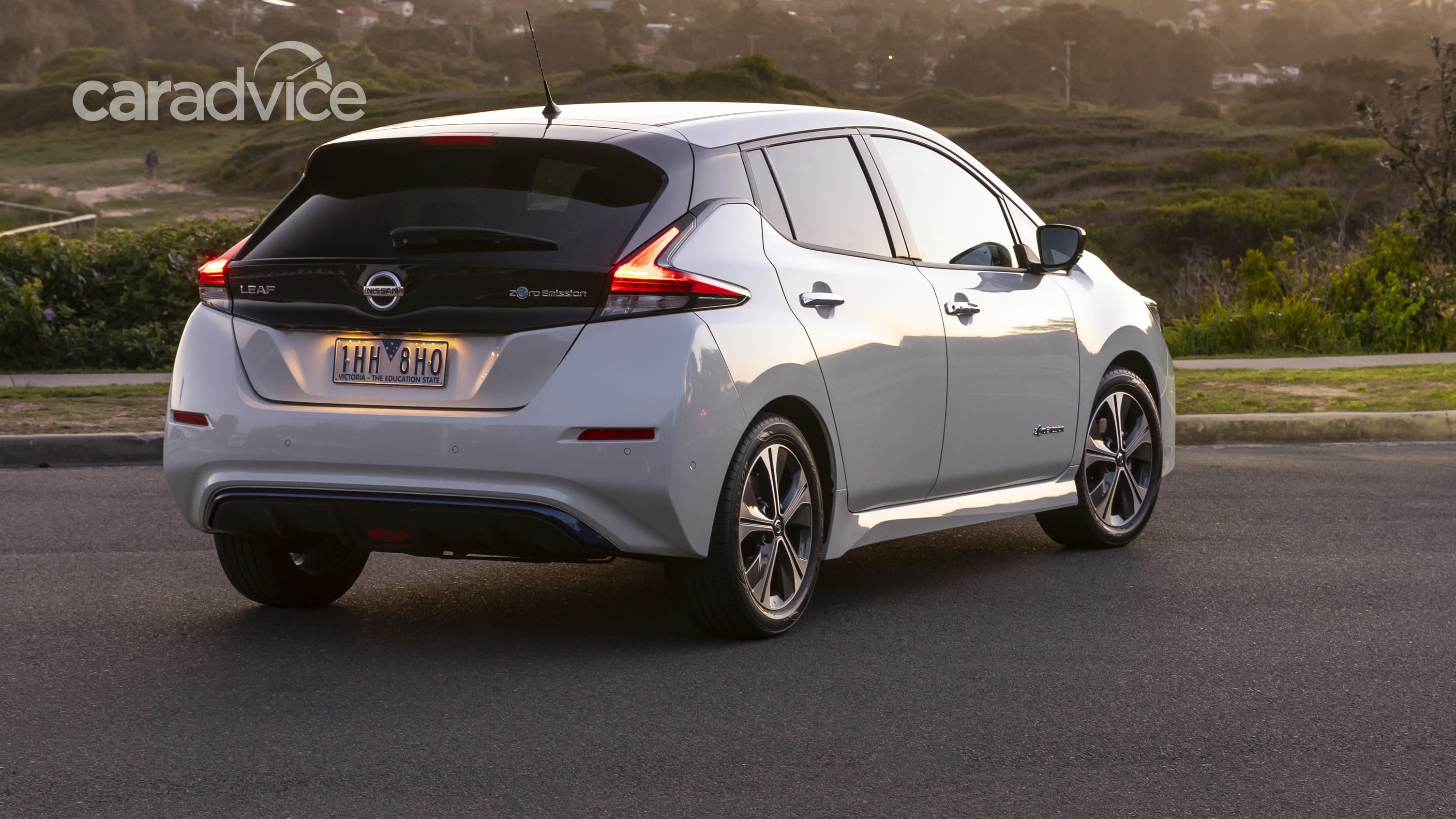 2019 Nissan Leaf preliminary specs revealed, here in mid ...