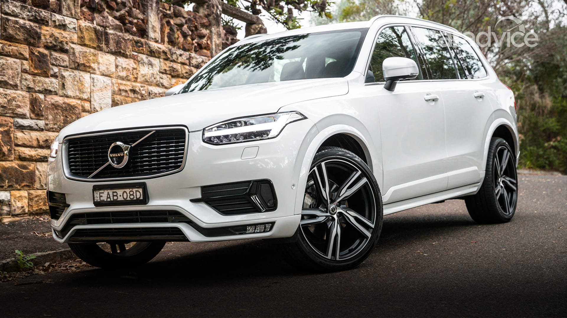 2019 volvo xc90 pricing and specs