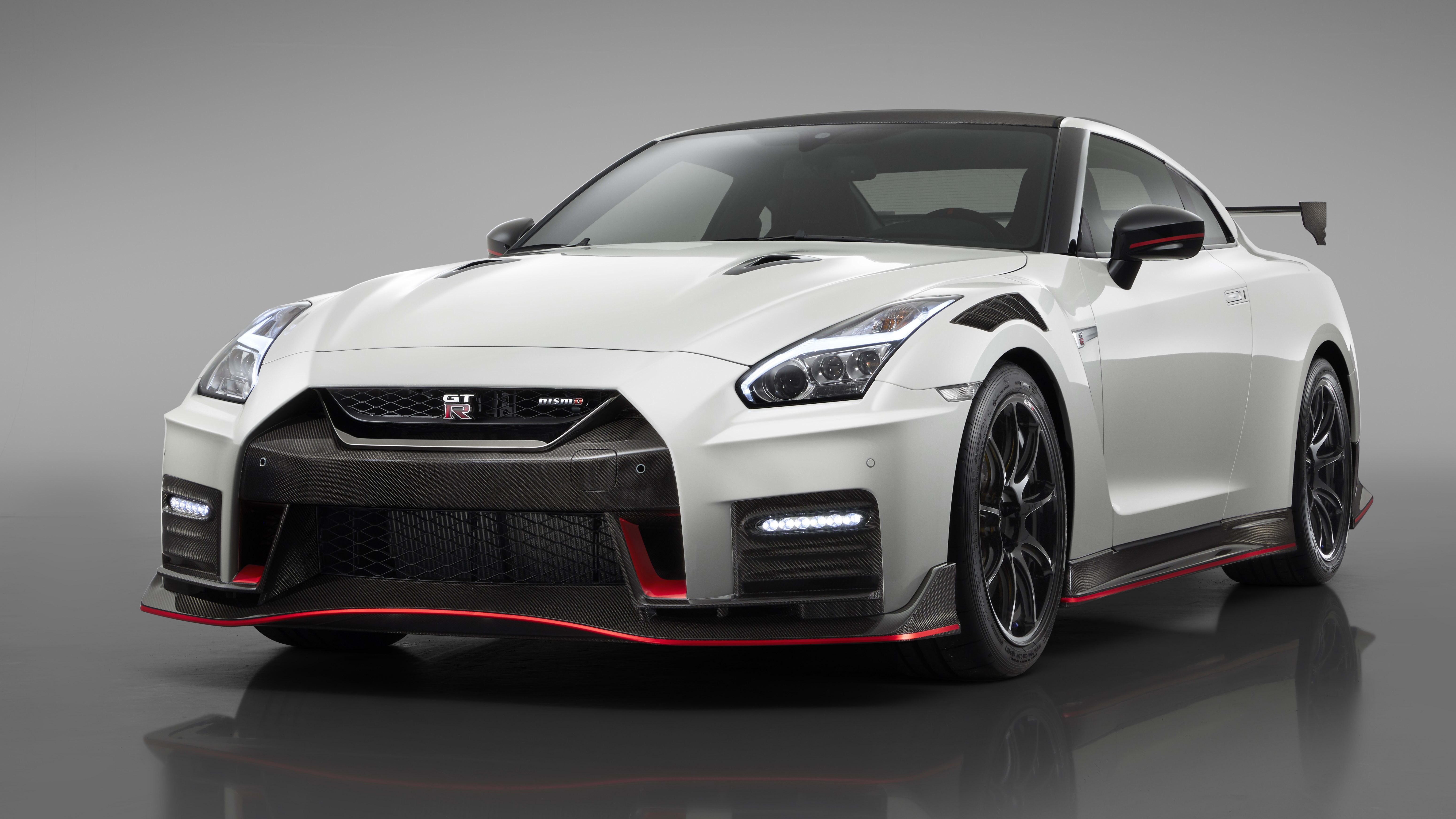 Nissan Gtr 2020 >> 2020 Nissan Gt R Nismo And Gt R 50th Anniversary Revealed