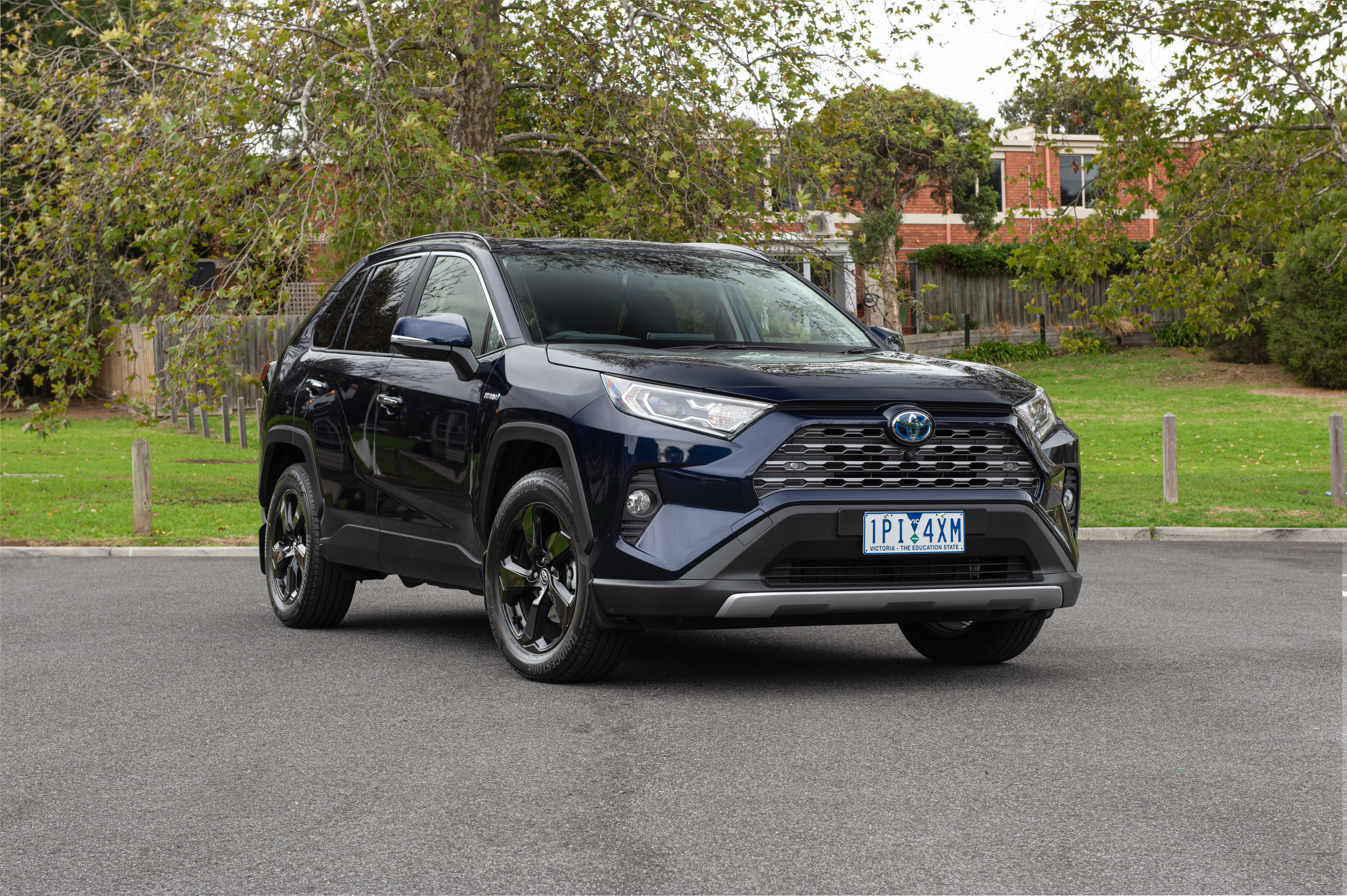 Best medium family SUV 2019: Holden Equinox v Honda CR-V v