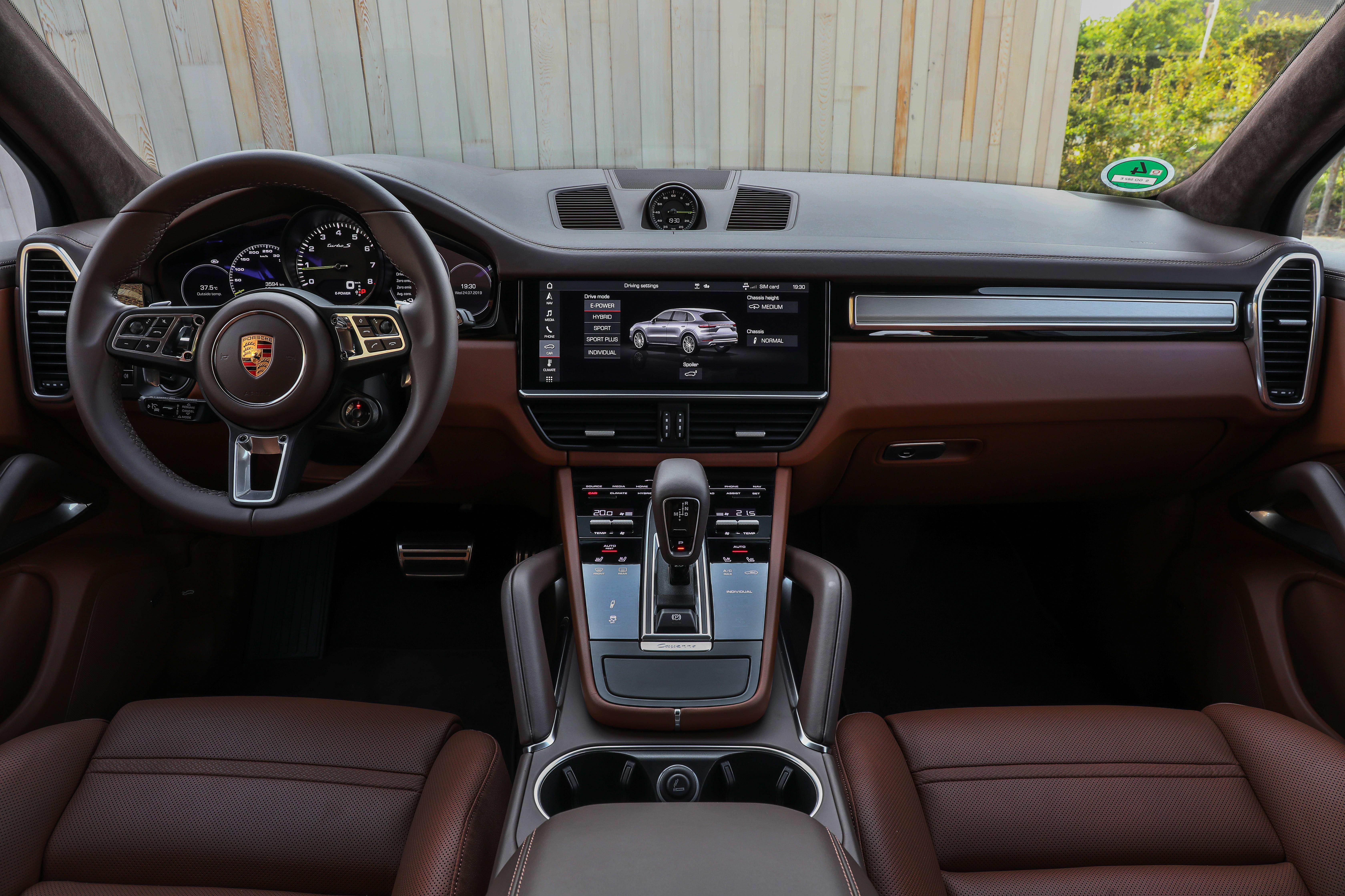 2020 Porsche Cayenne Turbo S E Hybrid Pricing And Specs Caradvice