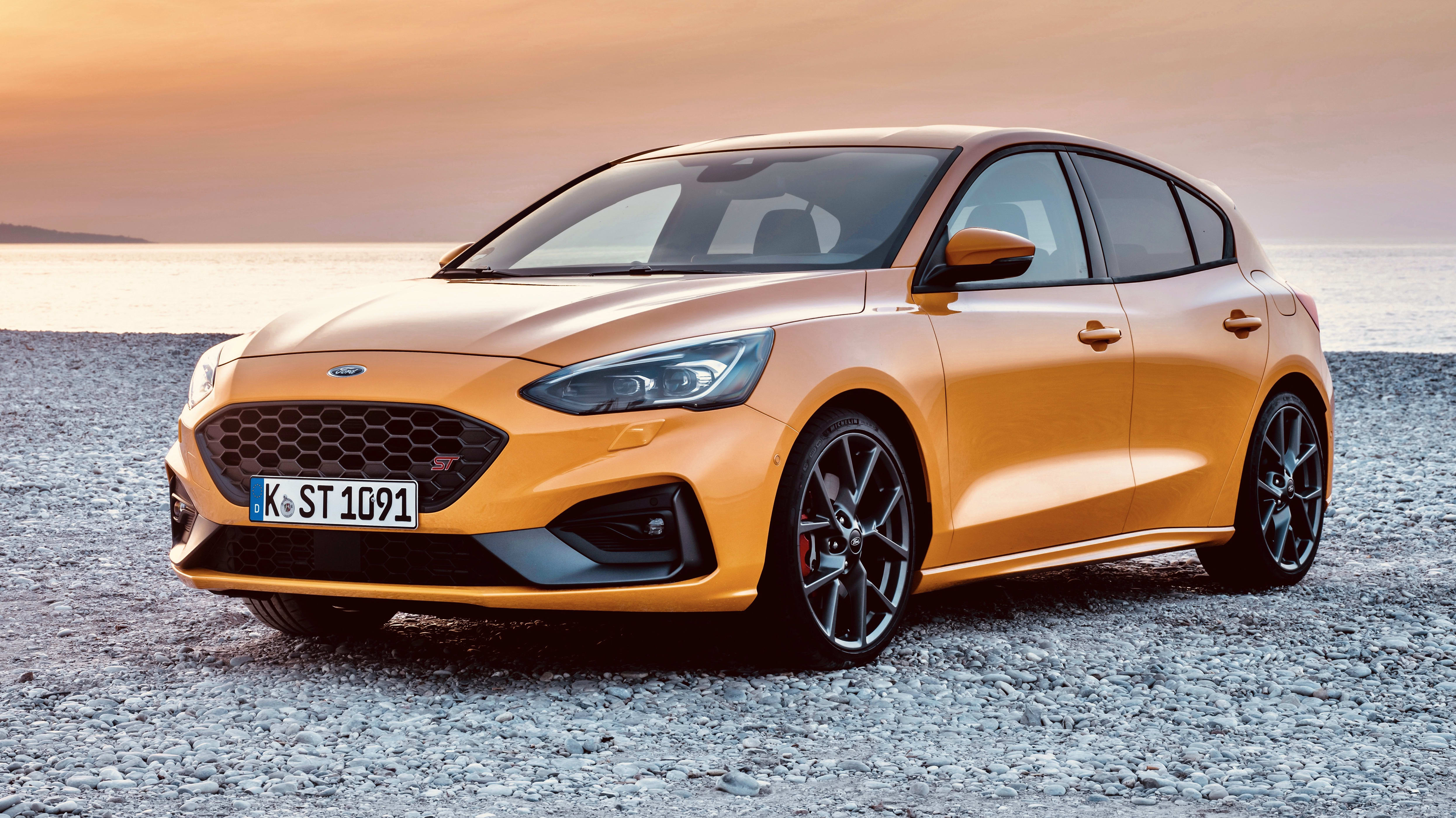 ford focus sports review betting