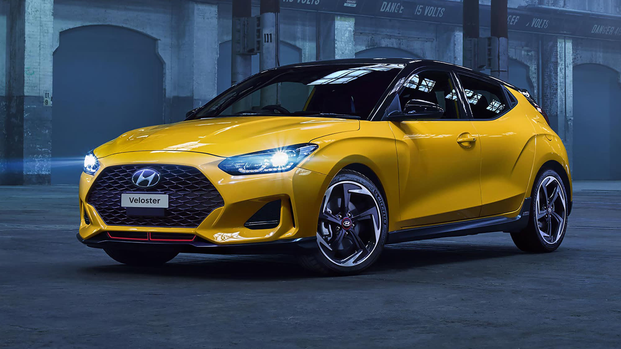 2020 Hyundai Veloster Turbo Picture
