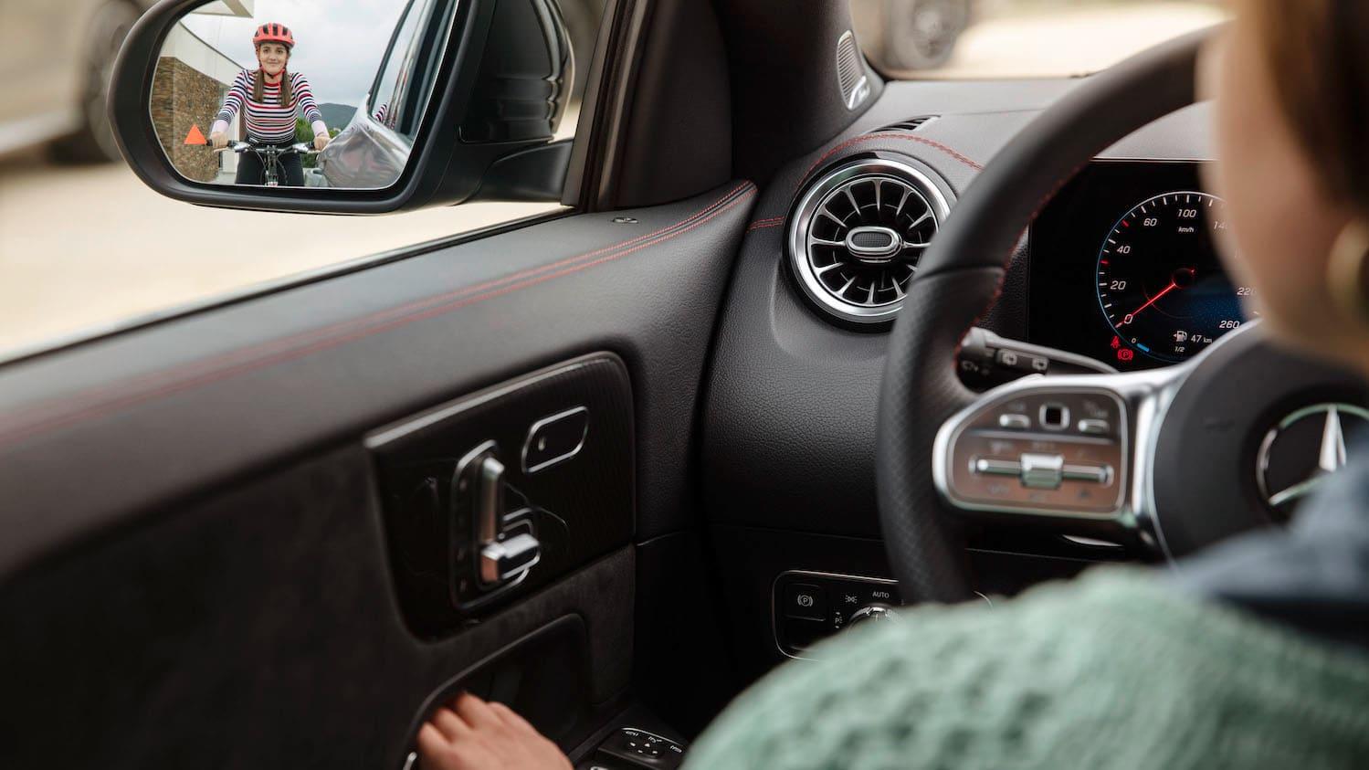 2020 Mercedes Benz Gla Interior Teased Caradvice