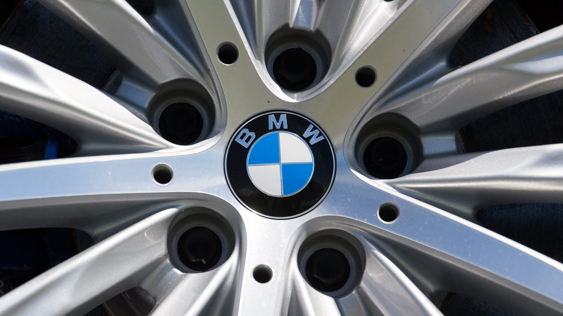 Bmw S New Logo Designed To Future Proof The Brand Caradvice