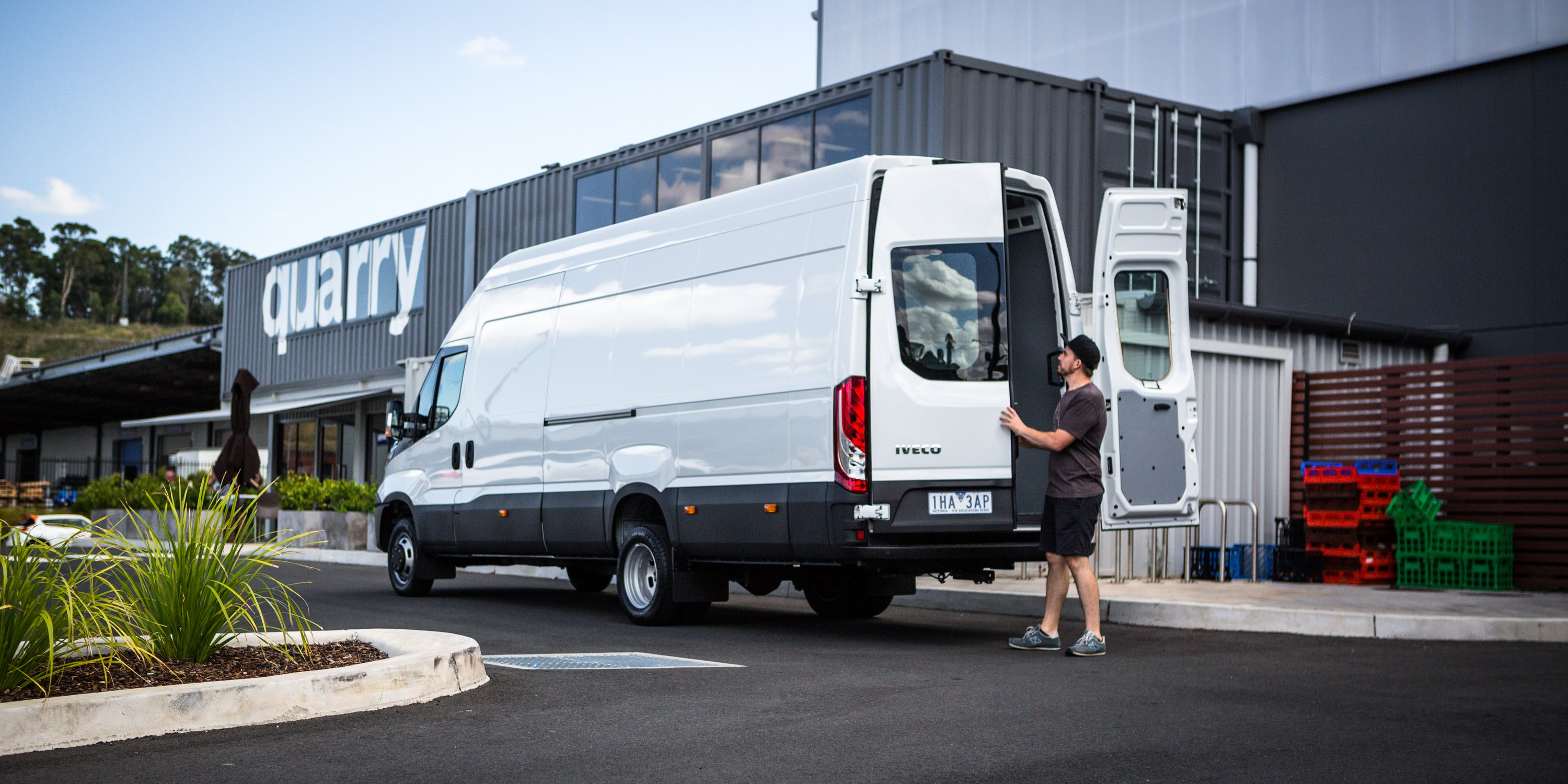 2017 Iveco Daily van review | CarAdvice