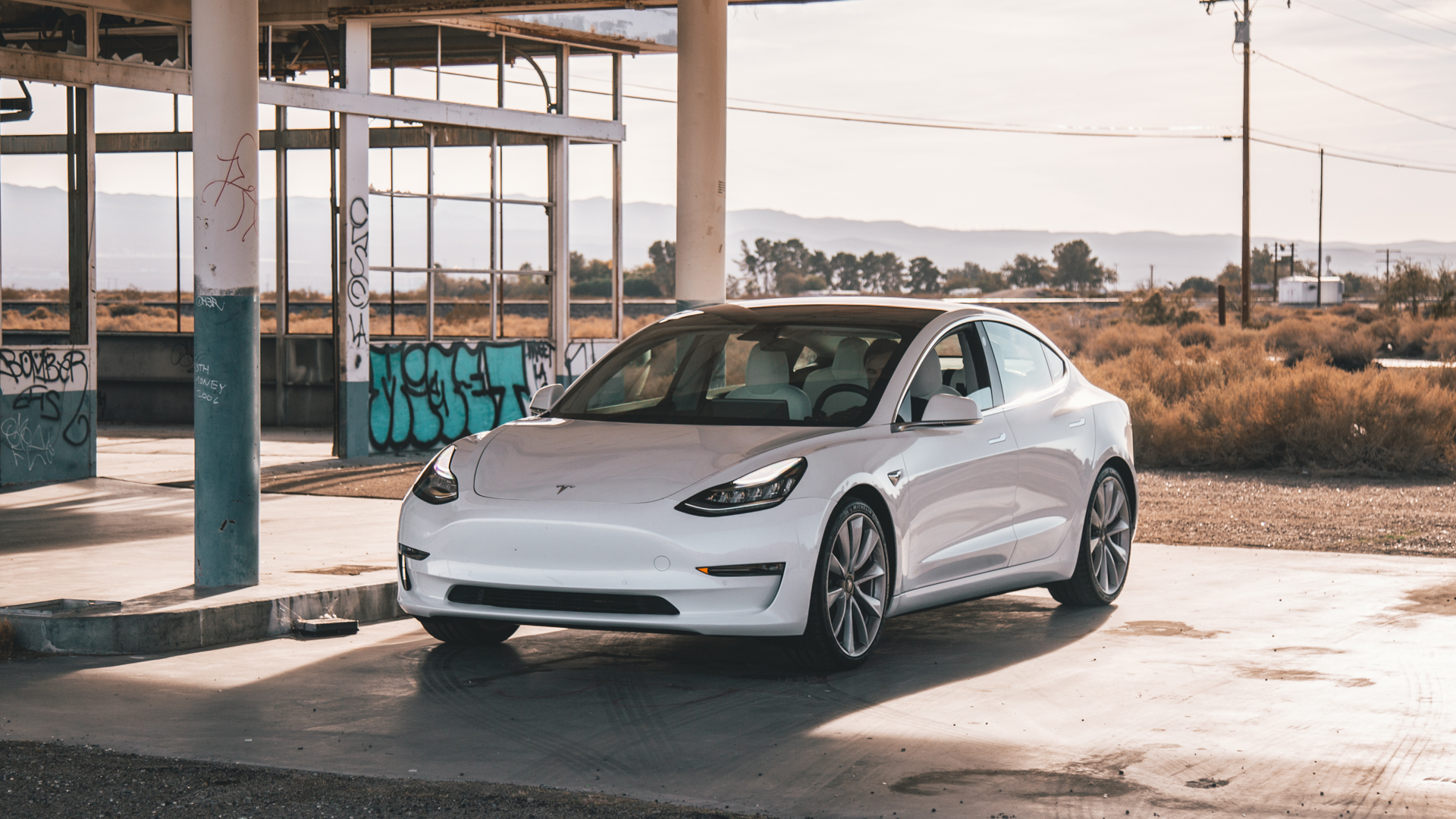Tesla V3 Supercharging: 250kW charge stations announced