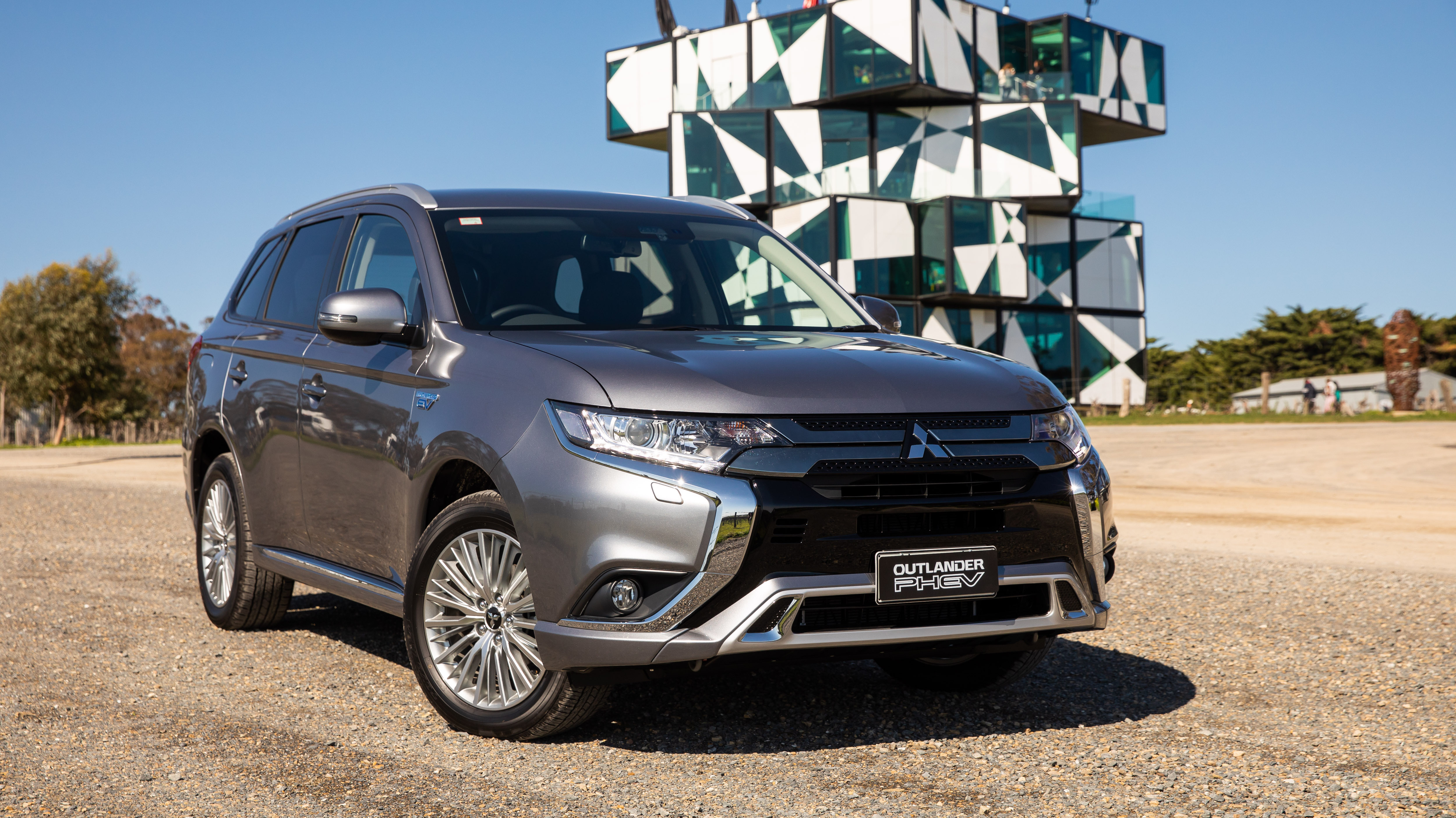 2018 Mitsubishi Outlander: Changes, Plug-in Hybrid, Price >> 2019 Mitsubishi Outlander Phev Pricing And Specs Caradvice