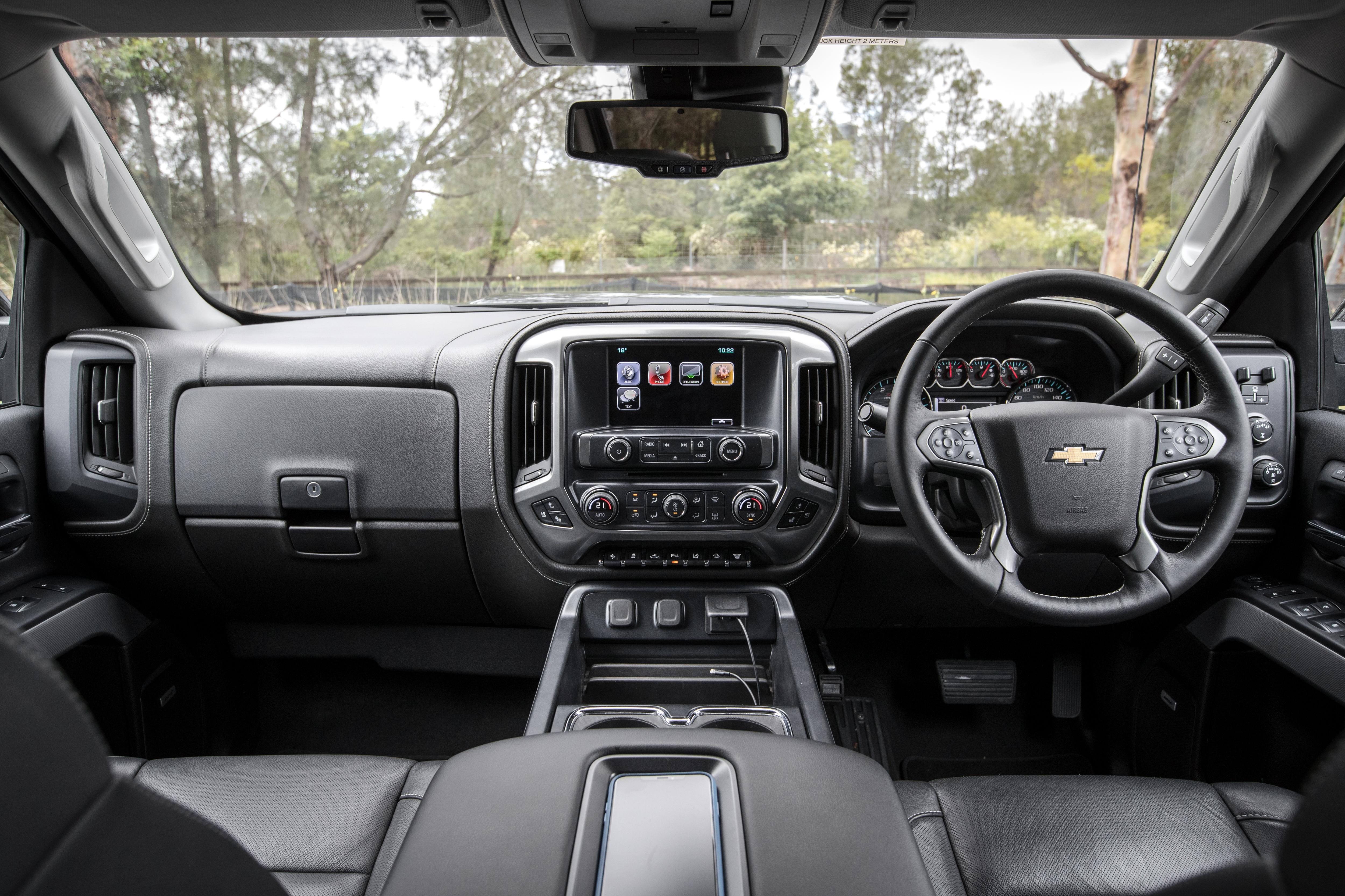 2019 Chevrolet Silverado 2500 LTZ Midnight Edition review