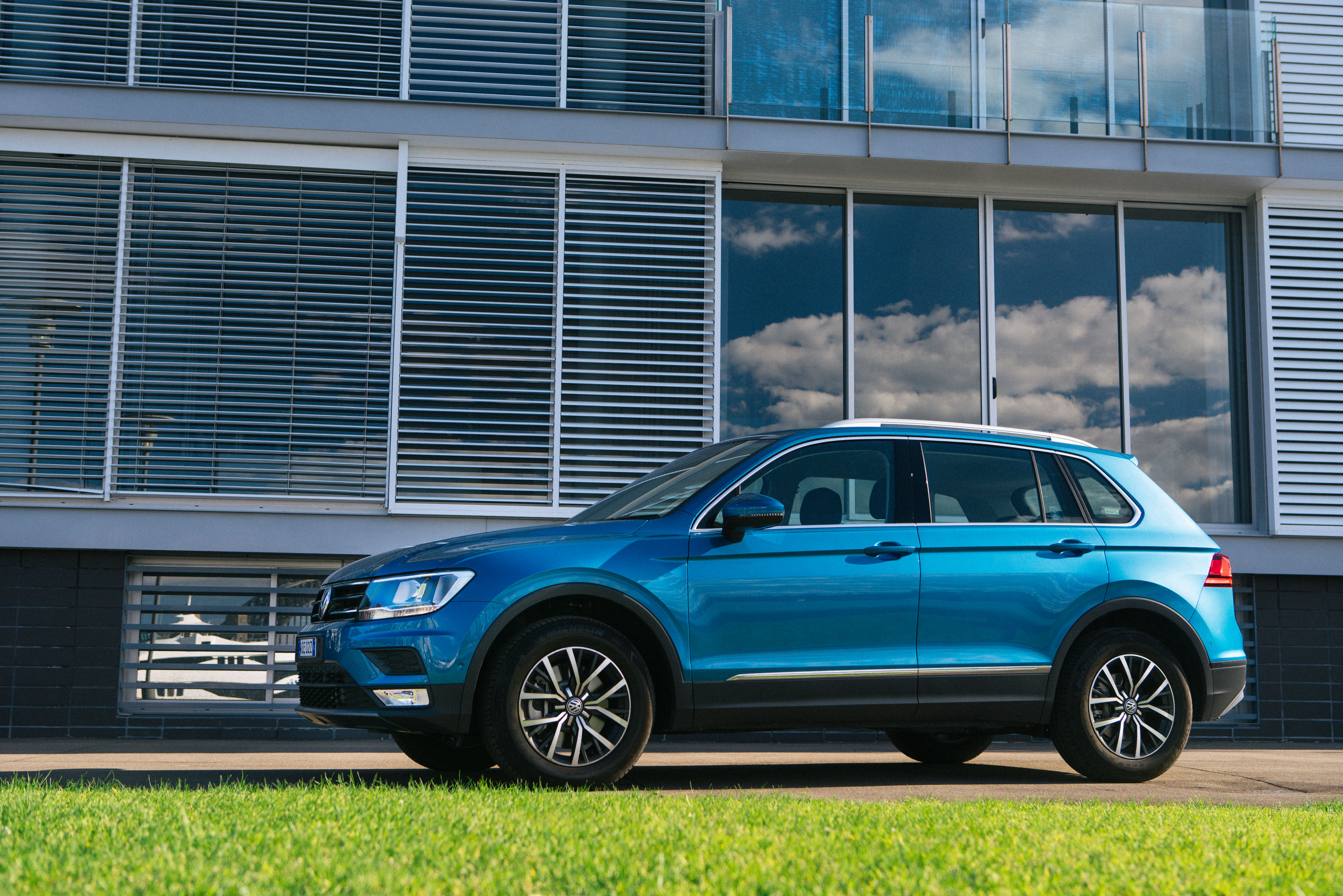 2019 VW Tiguan Release Date, Specs And Prices >> 2019 Volkswagen Tiguan Pricing And Specs Caradvice