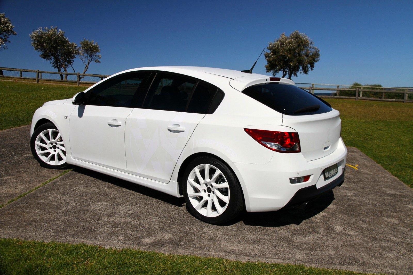 2012 Walkinshaw Holden Cruze Review   CarAdvice