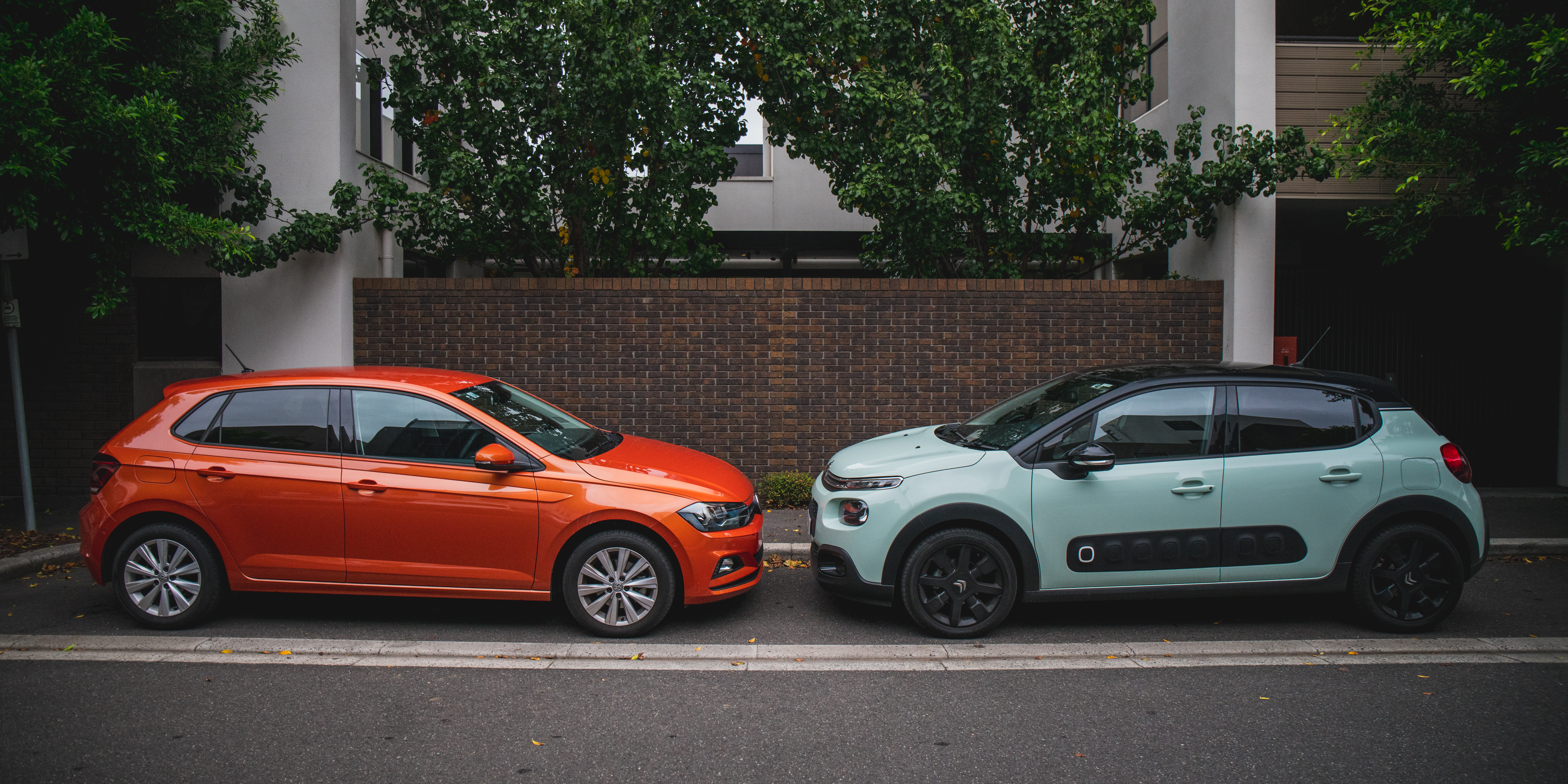 2018 Citroen C3 Shine v Volkswagen Polo Launch Edition comparison