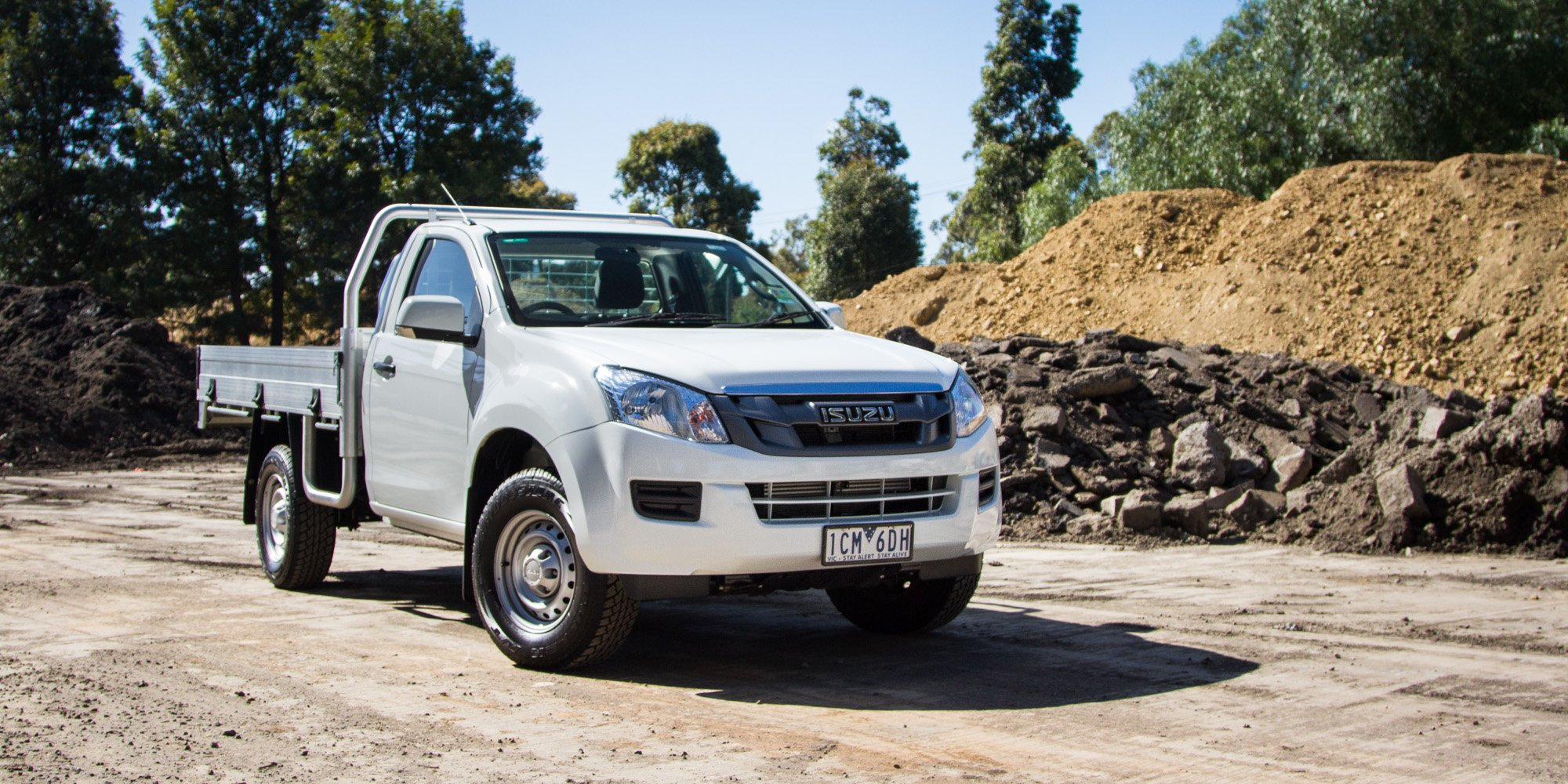 2015 Isuzu D-MAX Review : 4x2 SX High-ride cab chassis