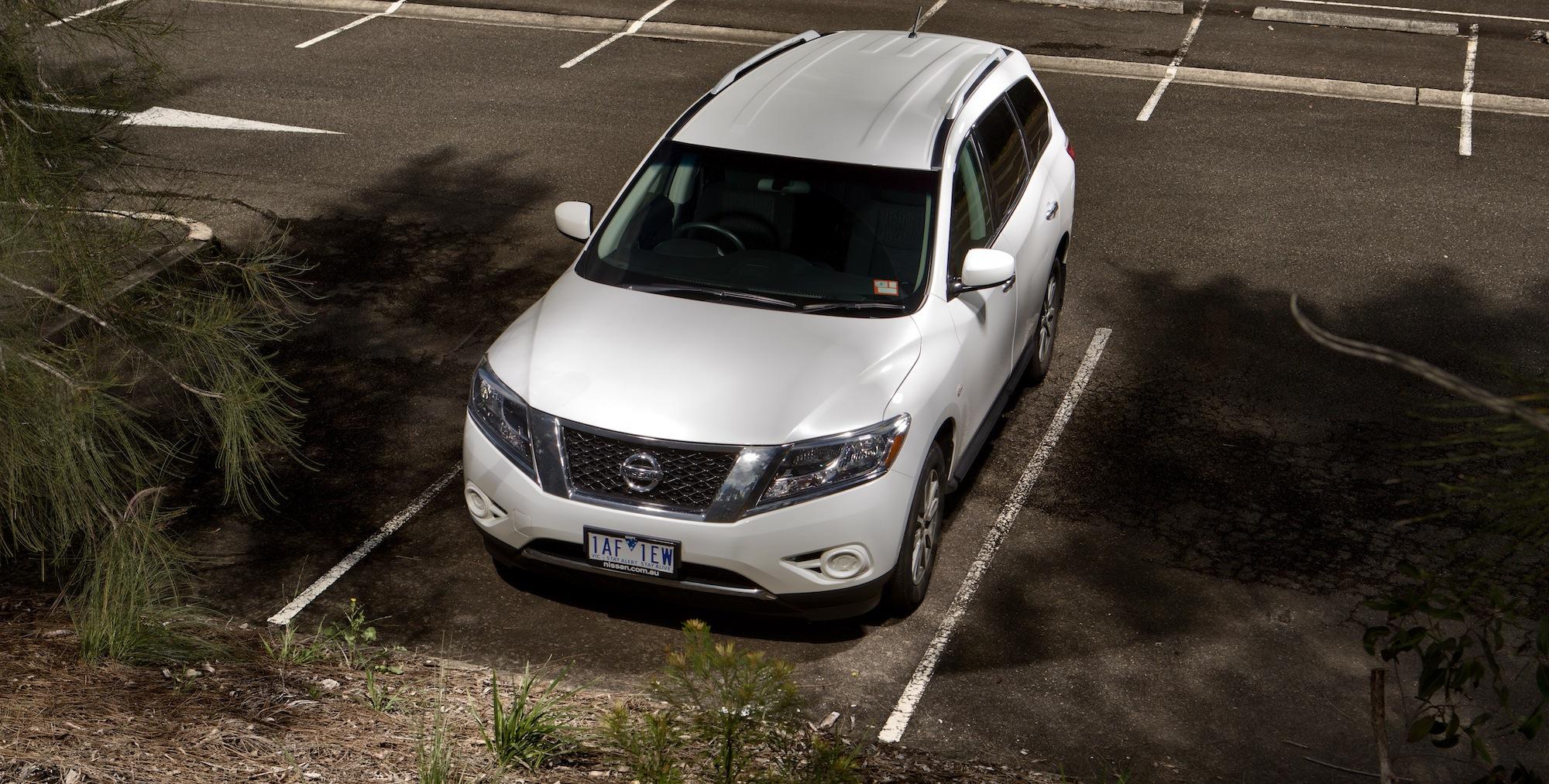 Family SUV Comparison : Toyota Kluger v Nissan Pathfinder v Jeep