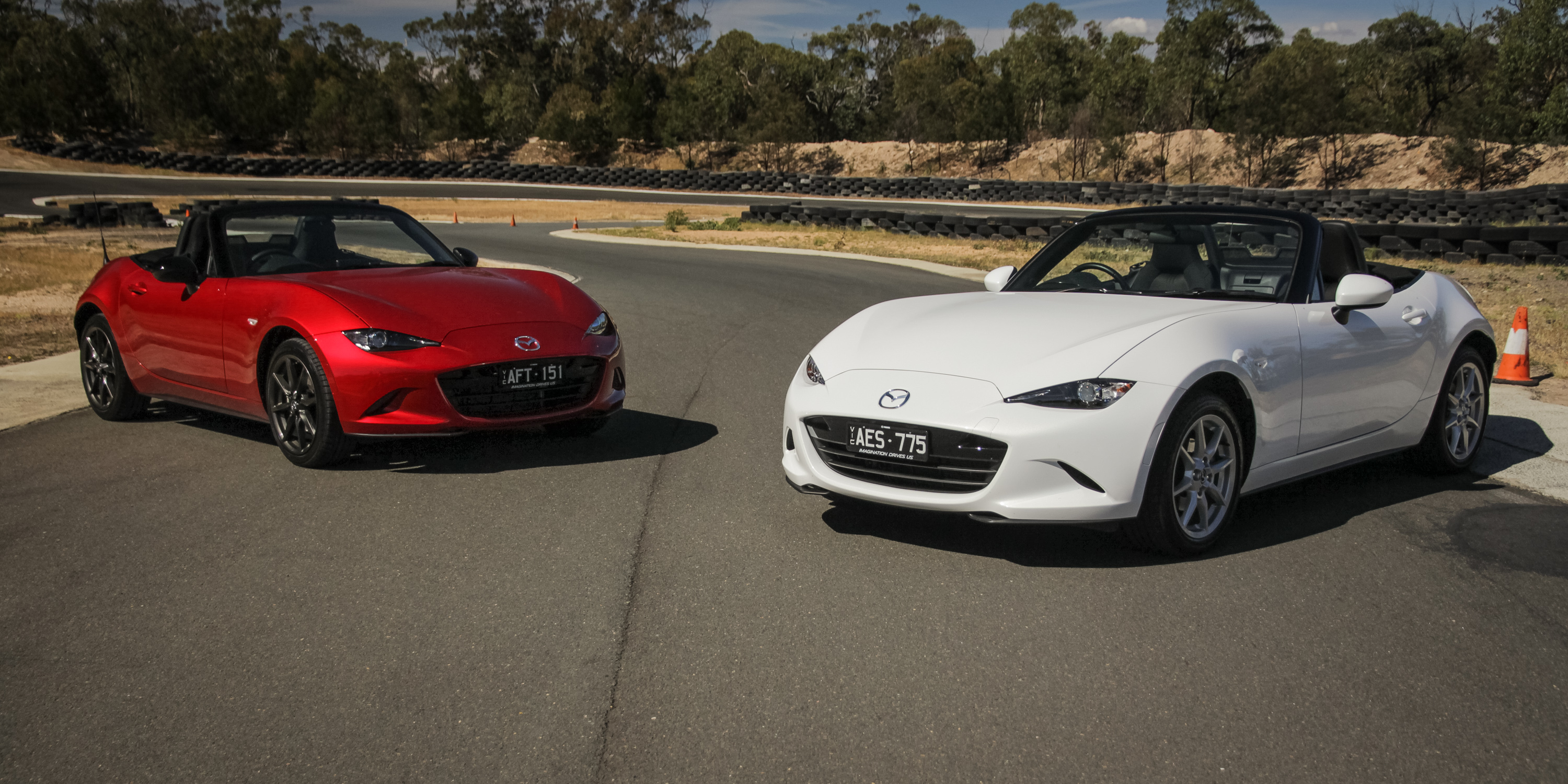 Mazda MX-5 1 5L v Mazda MX-5 2 0L: Track Comparison Review