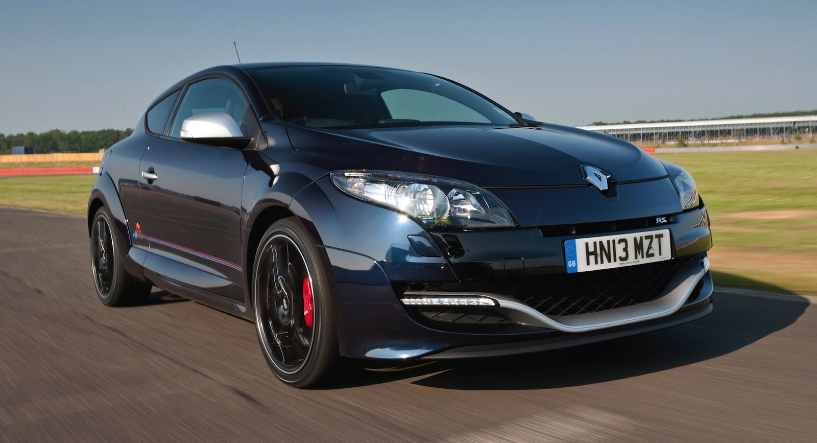Renault Megane Rs265 Red Bull Rb8 F1 Limited Edition From 49 990 Caradvice