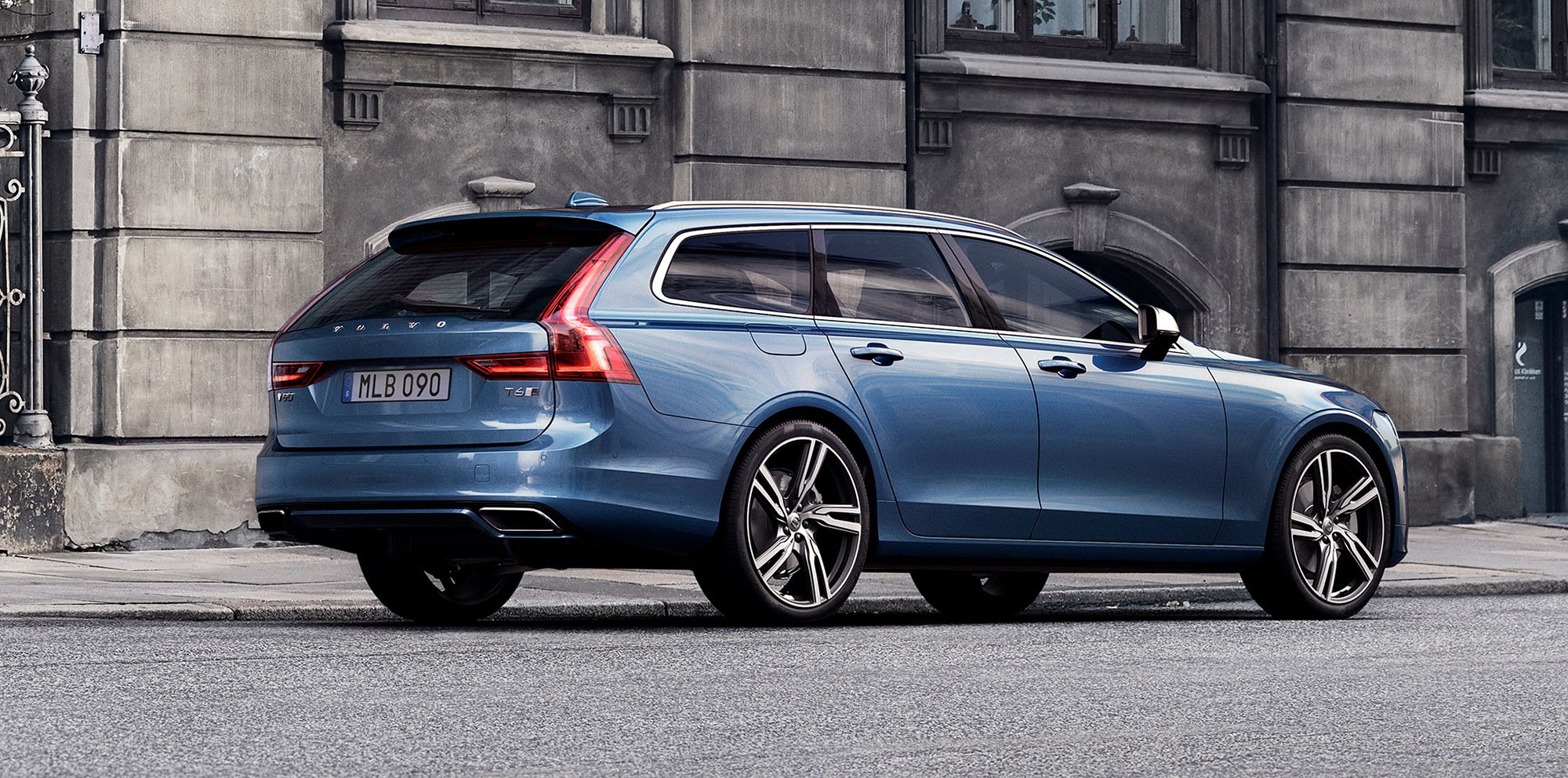 2017 Volvo S90 V90 R Design Pack Unveiled Coming To