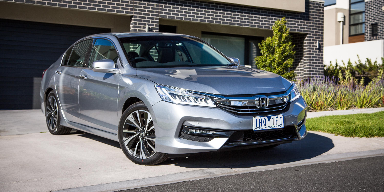 2017 Honda Accord V6 >> 2017 Honda Accord V6 Review Caradvice