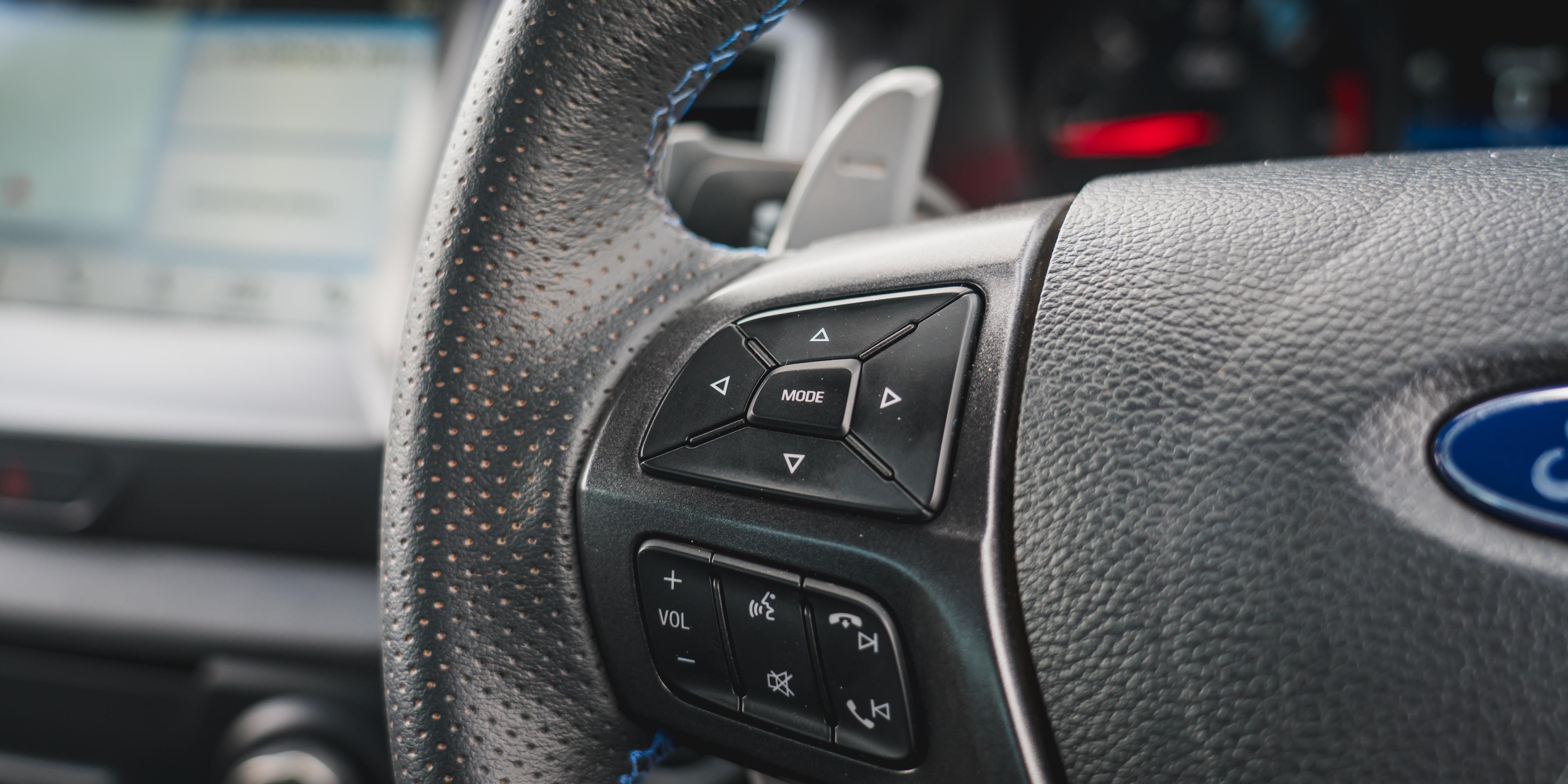 Ford Ranger Raptor v Toyota HiLux Rugged X v Volkswagen