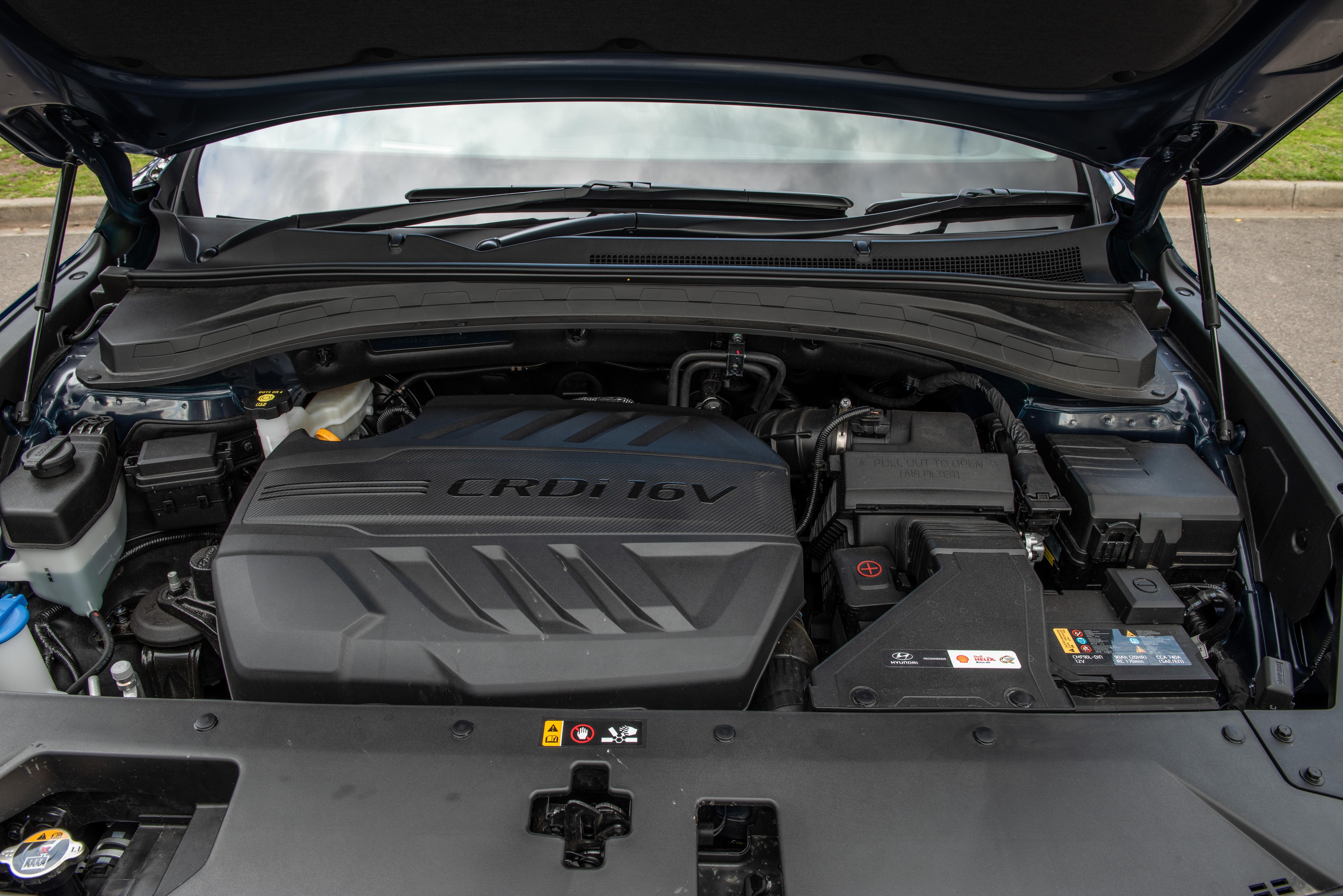 2018 Hyundai Santa Fe Highlander review | CarAdvice