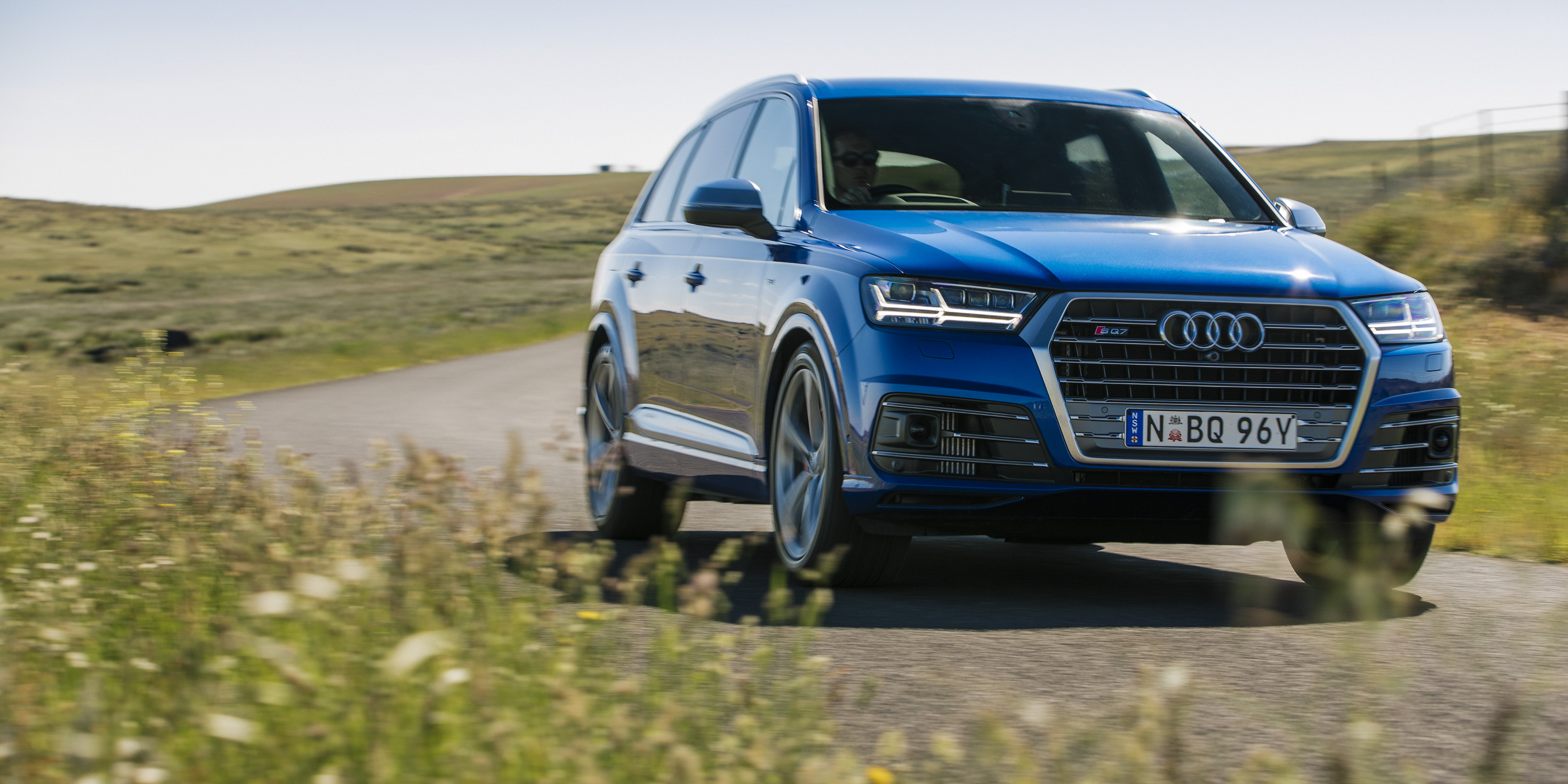 2018 Audi SQ7 TDI: Specs, Design, Price >> 2017 Audi Sq7 Tdi Review Caradvice