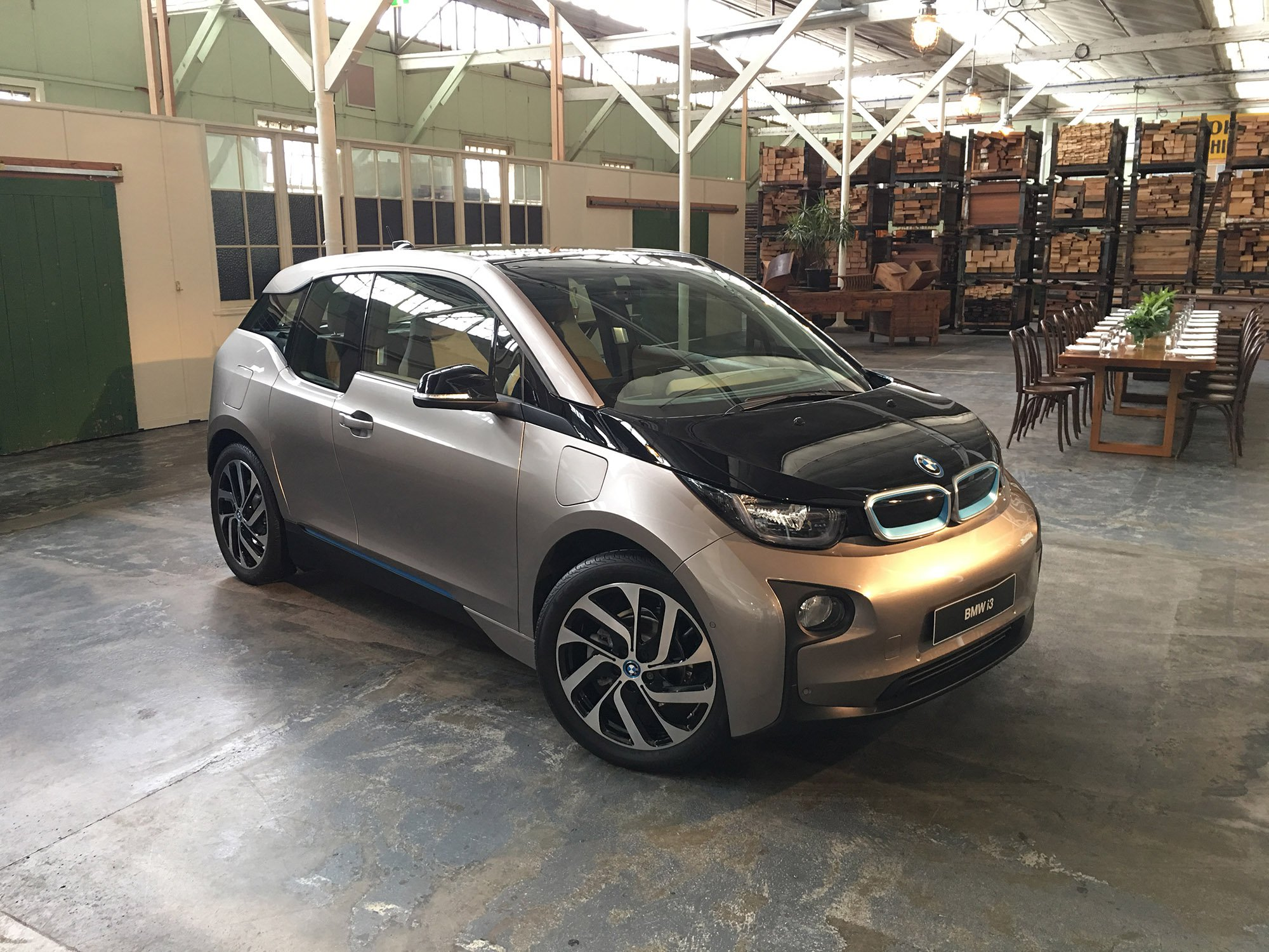 2017 BMW i3 94Ah Review | CarAdvice