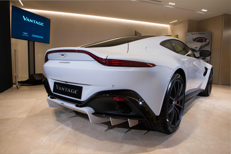 2018 Aston Martin Vantage Revealed Exclusive Video Tour Caradvice