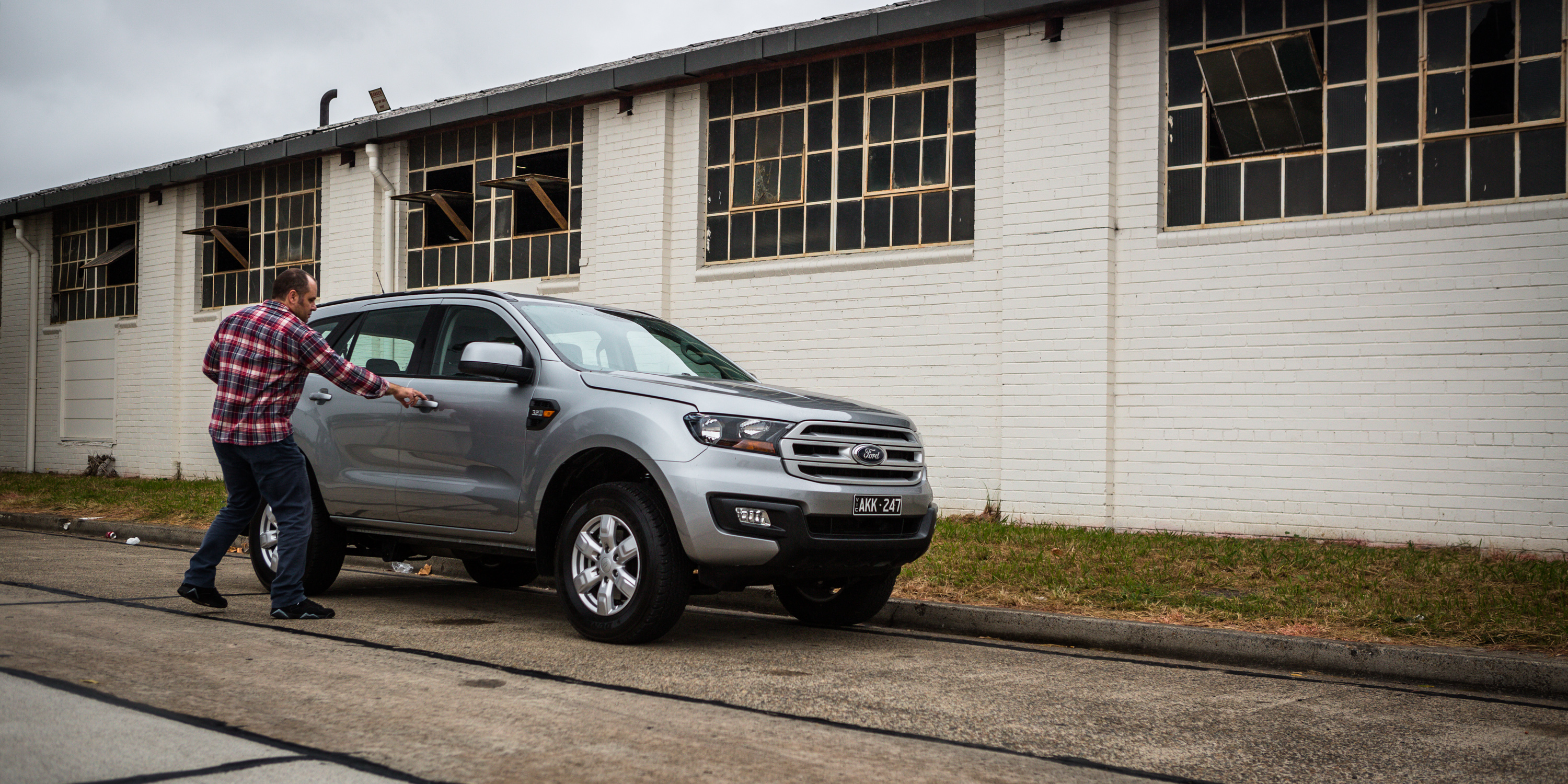 2017 Ford Everest Ambiente 4x4 review – tow test | CarAdvice