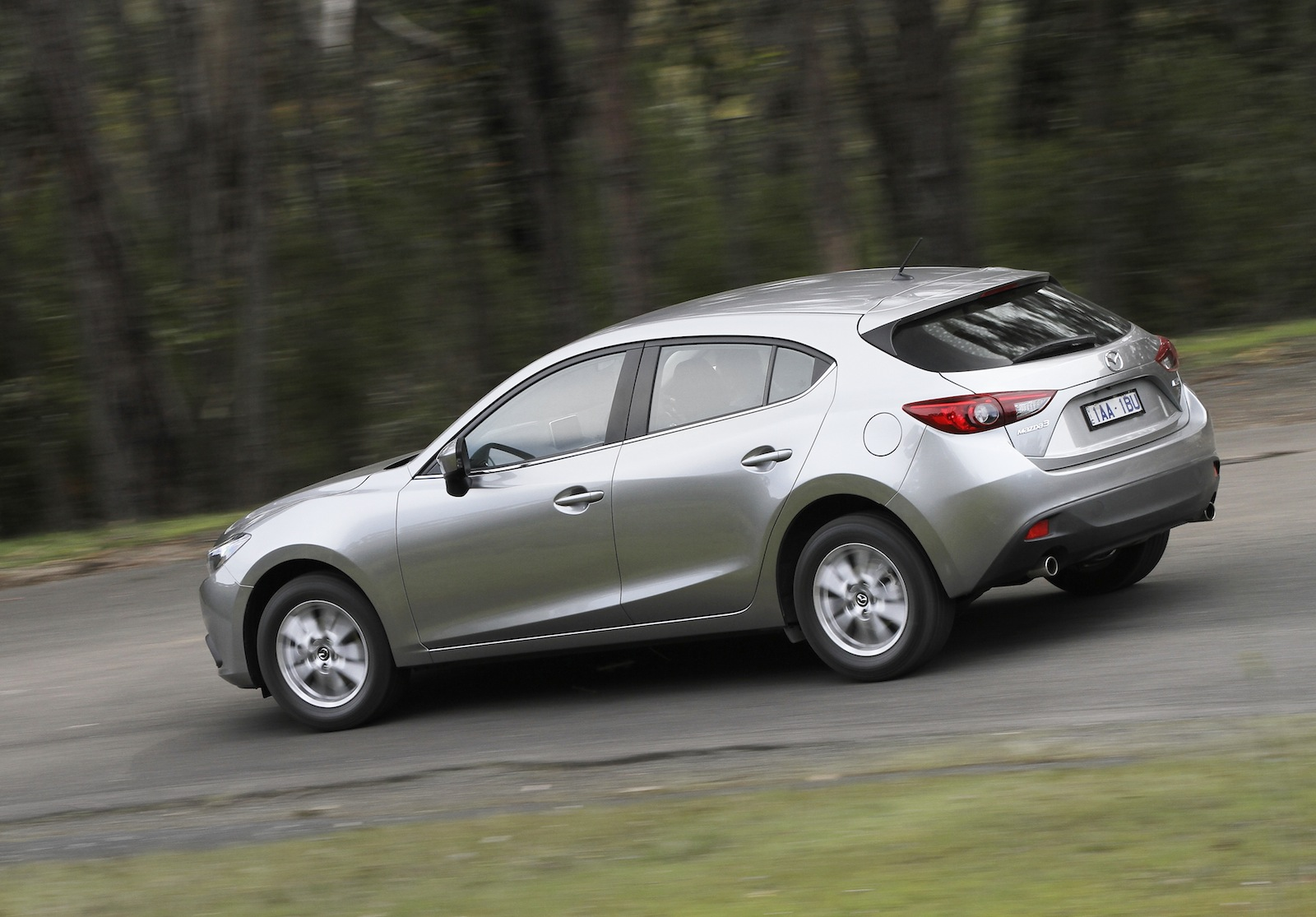 2014 Mazda 3 v old Mazda 3: Comparison Review | CarAdvice