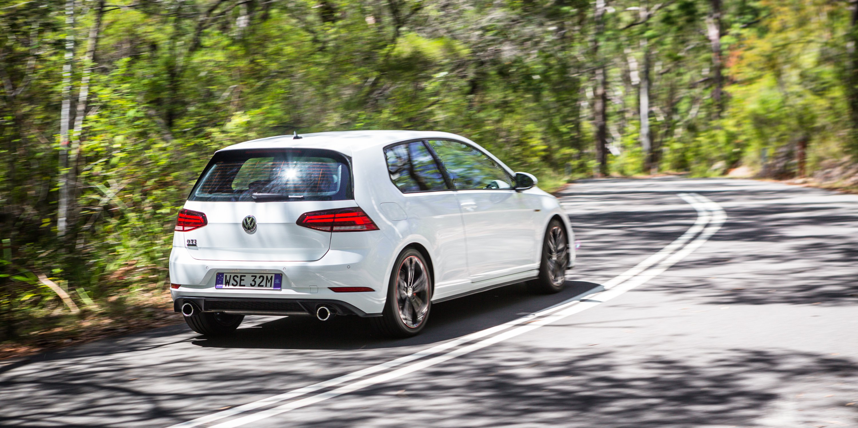 Volkswagen Golf GTI Old v New: 2018 MkVII v 2007 MkV